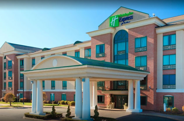 Holiday Inn Express Suites Warwick RI